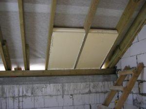 Утепление пенопластом двухскатной крыши изнутри