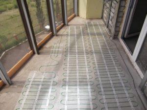 Электрический теплый пол на балконе под ламинат