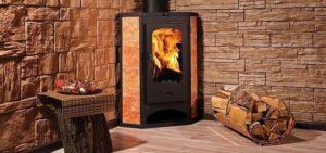 Угловая печь-камин длительного горения