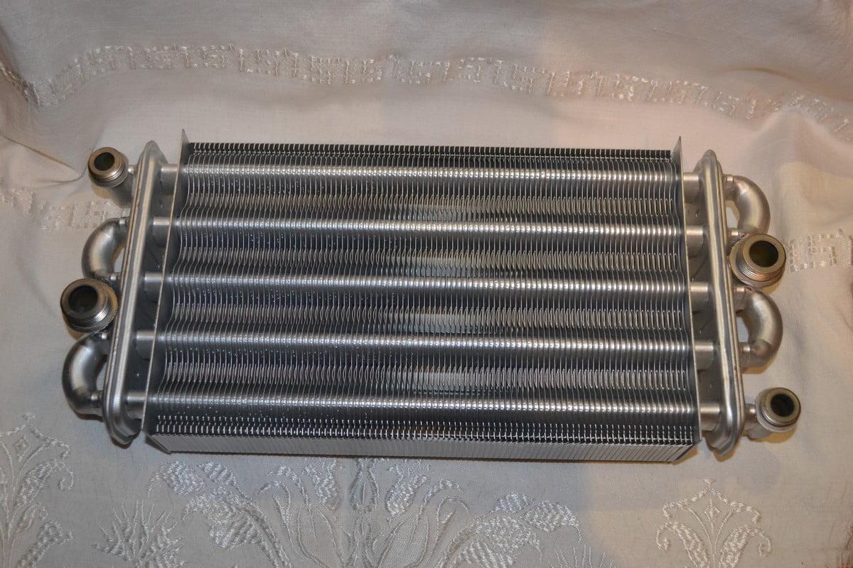 Ремонт теплообменника и медных трубок газовой колонки 25